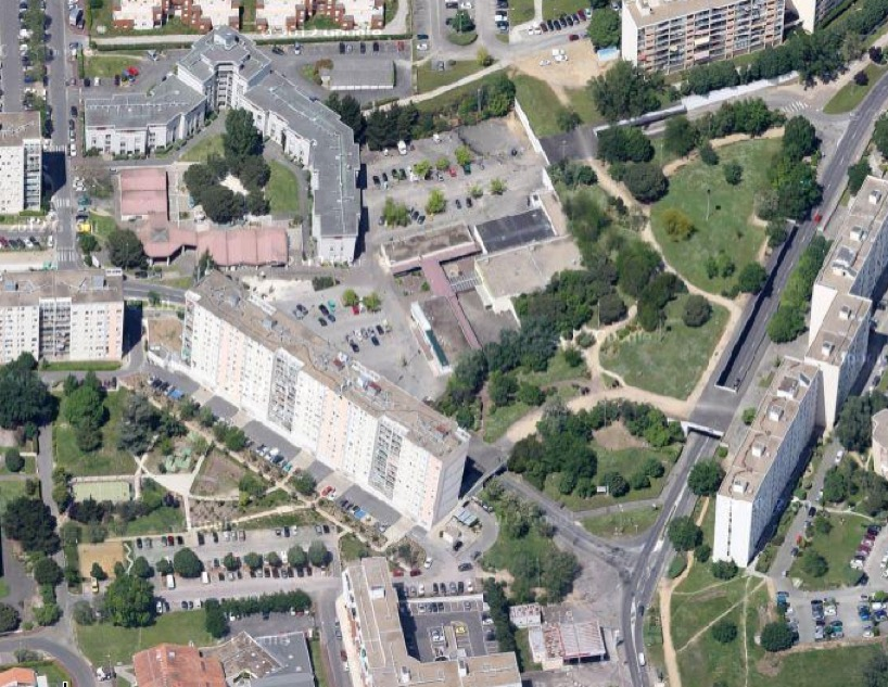 Requalification du quartier de thouars talence un for Piscine de thouars